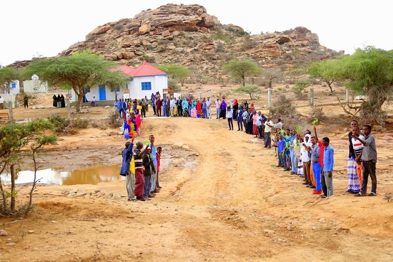 Dadka Deeggaanka Laas-Geel oo soo dhowaynaya Madaxweynaha Somaliland iyo Wefdigiisa 16 April 2019
