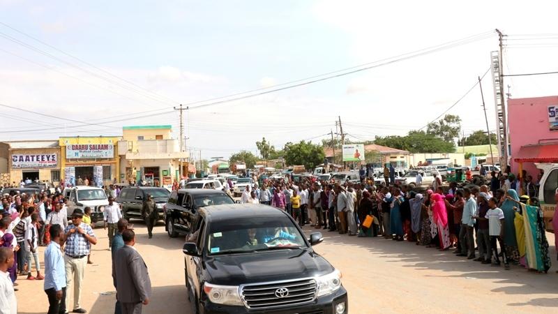 Madaxweynaha Somaliland Muuse Biixi oo kormeeraya mashaariic xarunta gobolka Togdheer ee Burco 16 Sep 2019