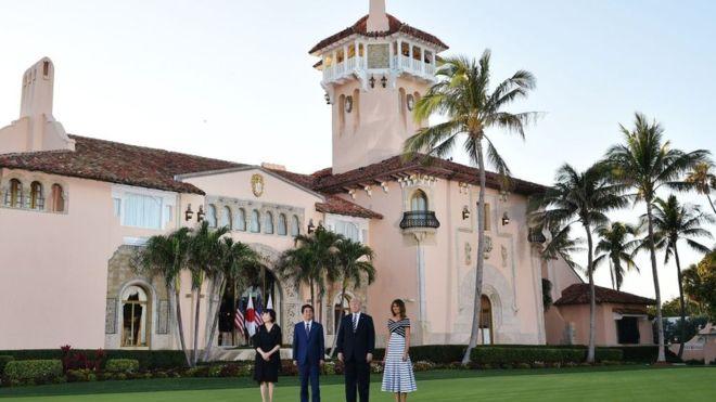 Getty Images Image caption Mr Trump ayaa dhismahiisa Mar-a-Lago ee gobolka Florida inta badan ku qaabila hogaamiyayaasha ajnabiga
