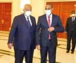 Alt: Madaxweynaha Djibouti Ismaaciil Cumar Geelle iyo Ra;'iisal Wasaaraha Somalia Maxamed Xuseen Rooble 15 May 2021, Image Araweelo News Network.