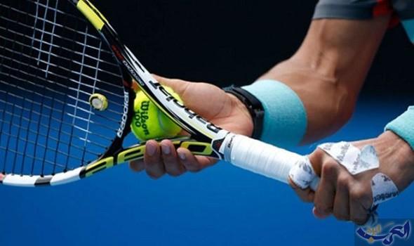 ديوكوفيتش وفافرينكا يعودان إلى ملاعب التنس عبر بطولة استعراضية