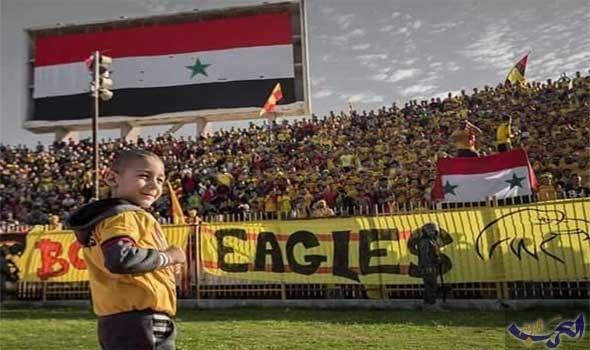 جمهور كرة القدم السورية يقف مع الطفل آدم في حربه ضد السرطان