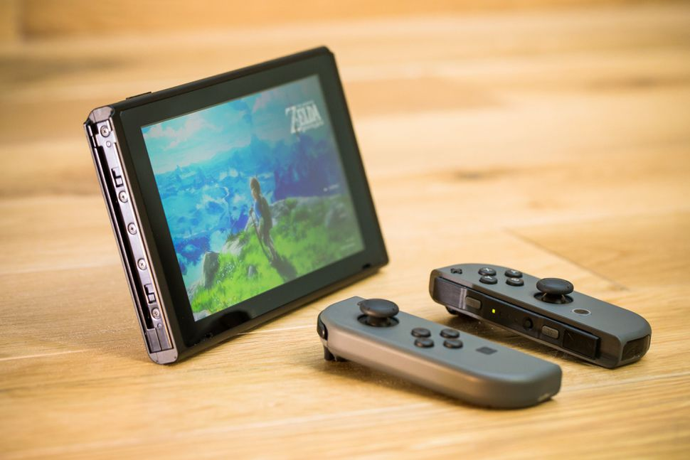 nintendo-switch-console-4835