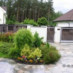 zahrada-1-mala-zahradka-pred-domem-velka