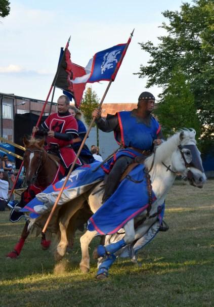 Lord Severin af Unicorn & Den kluvna Lijan