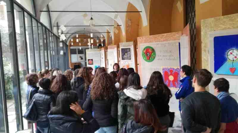 """""""Sagome"""" al Centro Cardinal Ferrari di Como. Oltre 500 visite in 10 giorni"""