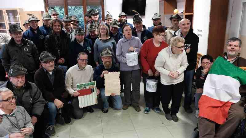 """Sabato 1 dicembre 2018, """"Arcobaleno in festa"""". Il nostro grazie di cuore agli amici Alpini"""