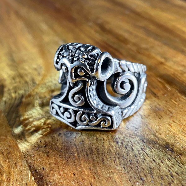 Open Hammer Ring