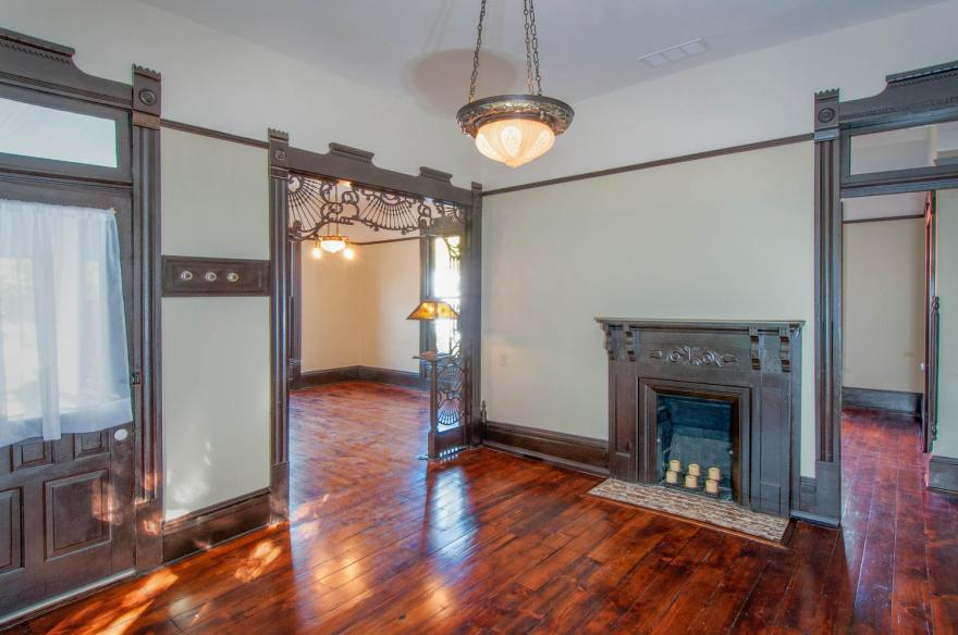731 W 3rd St Bloomington IN-large-015-011-Hardwood Floors-1500x997-72dpi