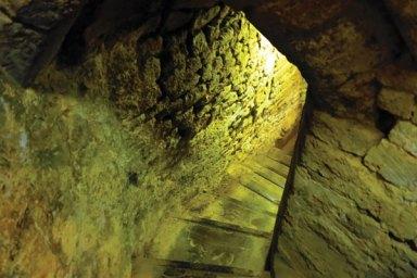 rothwell-stairs