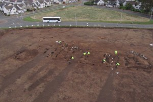 Carnoustie-Neolithic-Hall-LBA-settlement-&-Pictish-structure