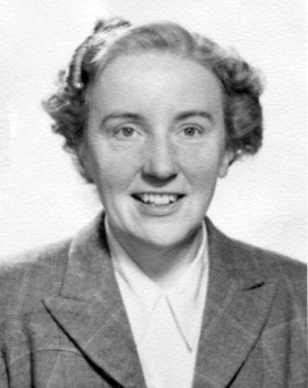 Photograph of Margaret Simpson in about 1945.