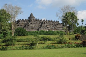 Borobudur_Wikimedia-Commons,-Anandajoti-copy-2
