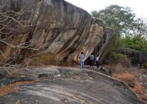 Caves-Mihintale-Vasammale-Anuradhapura-Sri Lanka-Archaeology.lk-Rasika Mutucumarana