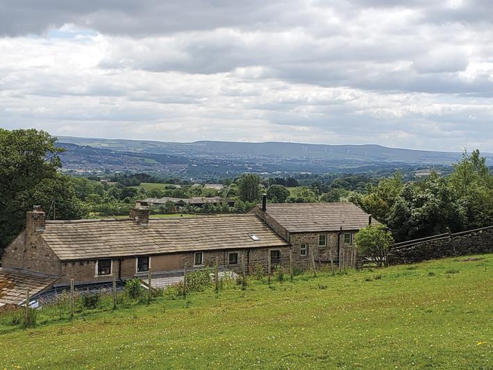 Pendle Malkin Tower Farm Cottages