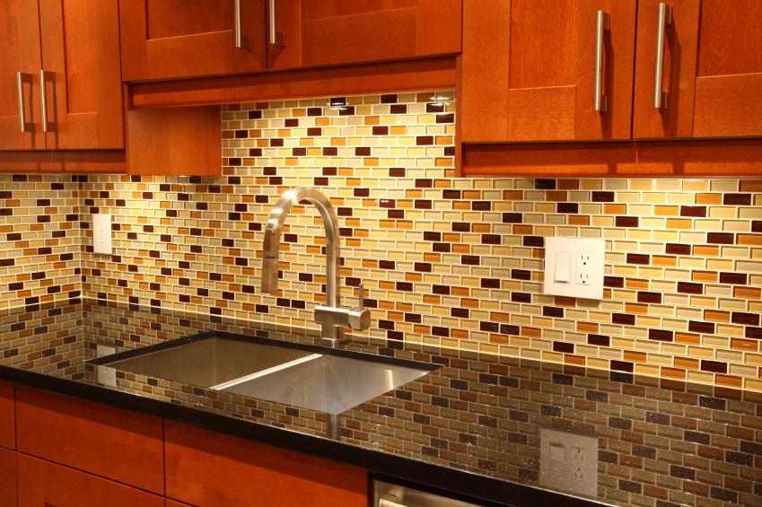 what backsplash goes best with granite countertops