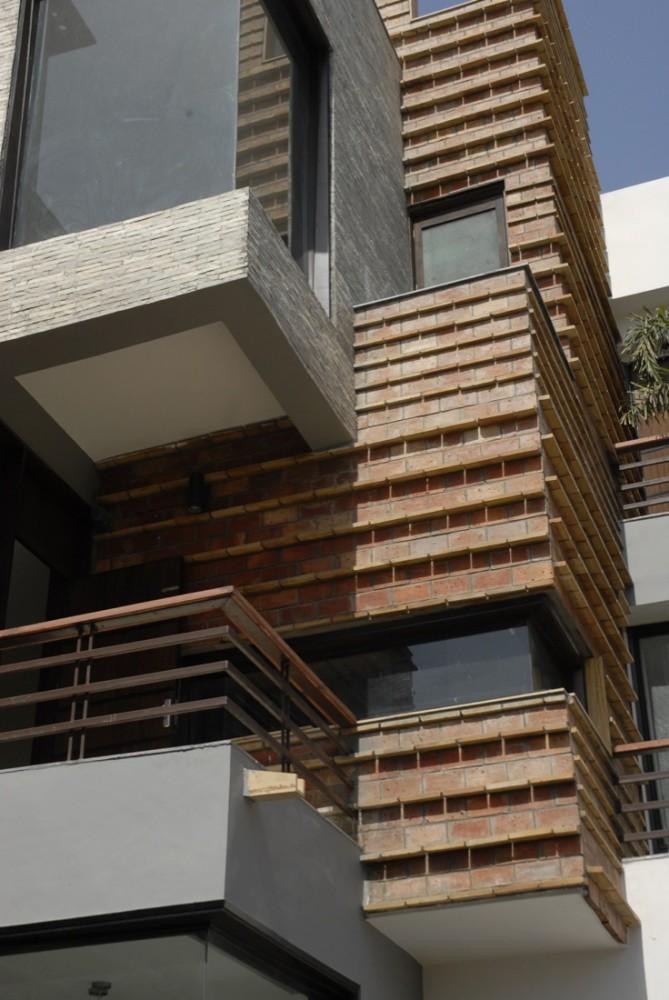 Gairola House - Anagram Architects © Asim Waqif
