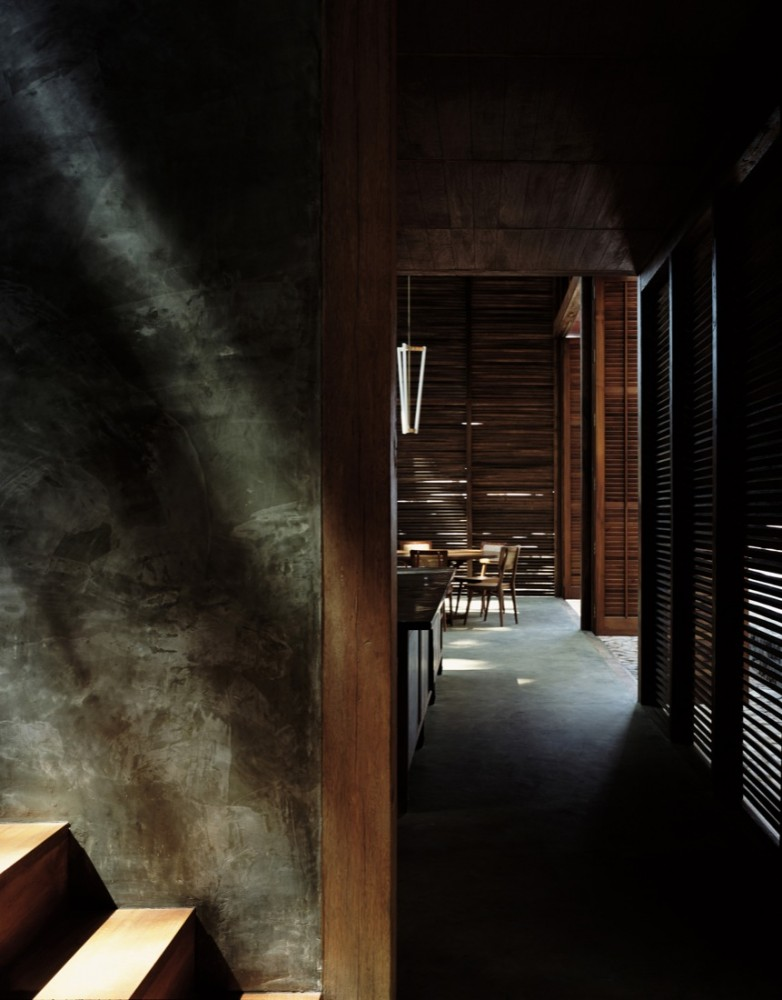 Palmyra House - Studio Mumbai © Helene Binet