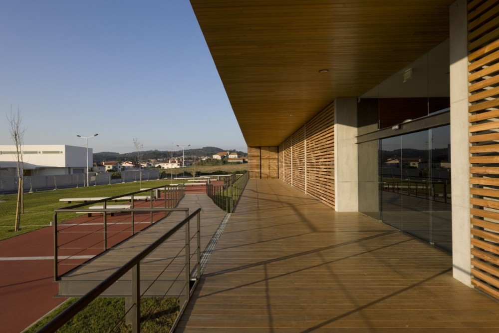 Riberão Swimming Pools - Pitagoras Arquitectos © Luis Ferreira Alves