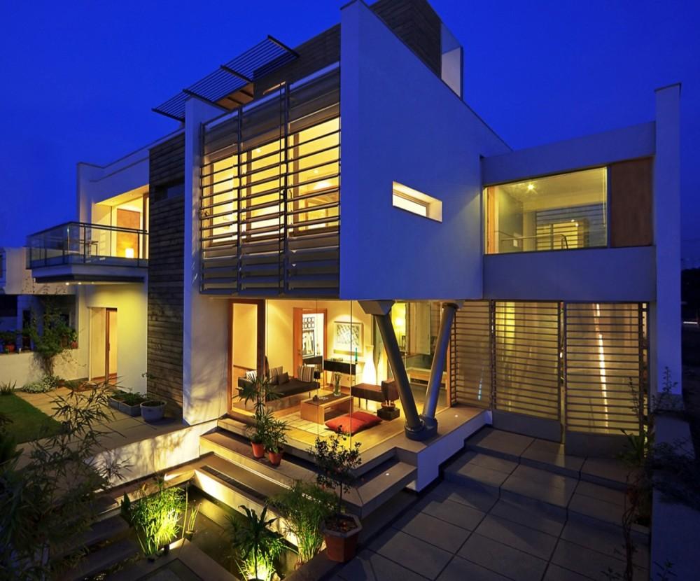 B-99 House - DADA & Partners © Lightzone; Ranjan Sharma