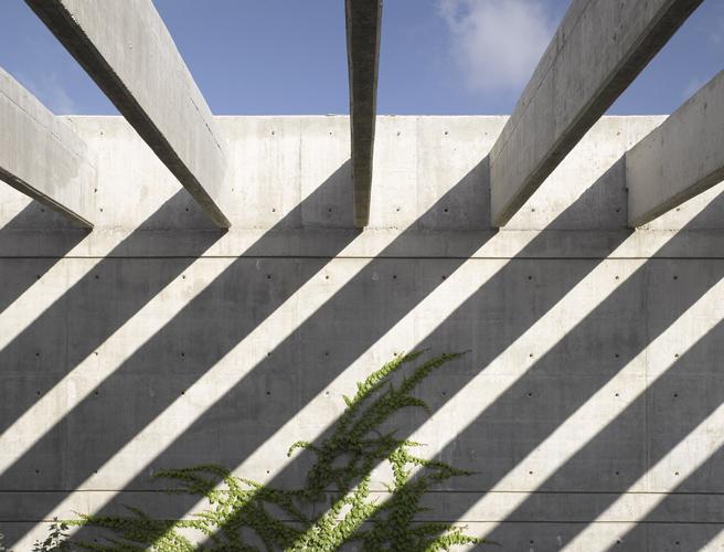 Greenhouse in Katzrin / Asaf Lerman © Amit Geron