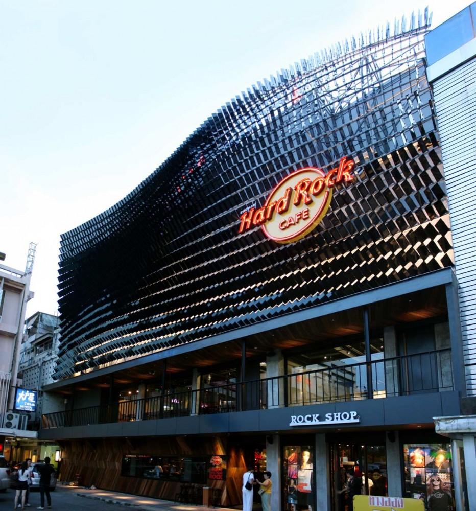 Hard Rock Cafe Facade / Architectkidd © Courtesy of Architectkidd