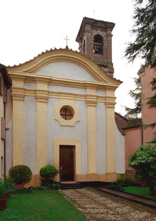 La chiesa di S. Eufemia (fonte: https://domusdeitappetidipietra.it )