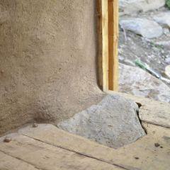 Detail des Holzfußbodens des Hauses Villanuova sul Clisi-Monte Covolo<br/>Dettaglio della pavimentazione in legno dell'edificio Villanuova sul Clisi-Monte Covolo<br/>Detail of the wooden floor of the house Villanuova sul Clisi-Monte Covolo<br/><br/>September 2016