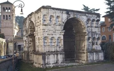 Quale futuro per l'Arco di Giano al Foro Boario?
