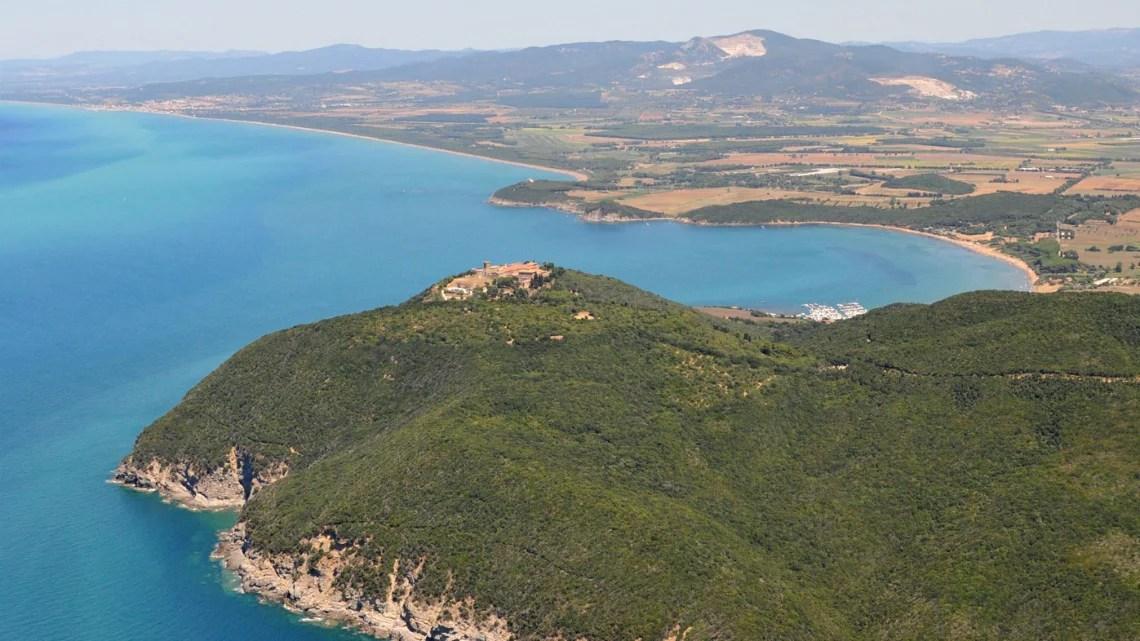 Castello di Populonia - foto Tenuta Poggio Rosso
