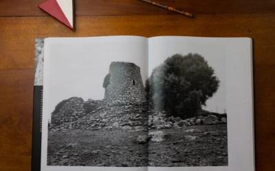 Architetture di pietra: la Sardegna nuragica di Gianni Berengo Gardin