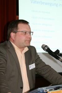 Thomas Penttiläe beim Vernetzungskongress 2012 in Karlsruhe.