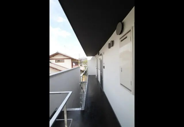 2.武蔵野市共同住宅の廊下