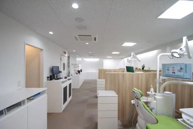 3.板橋区の歯科医院建築の診療室1