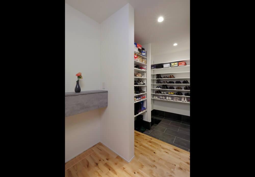 三郷市注文住宅:NO邸の飾り台