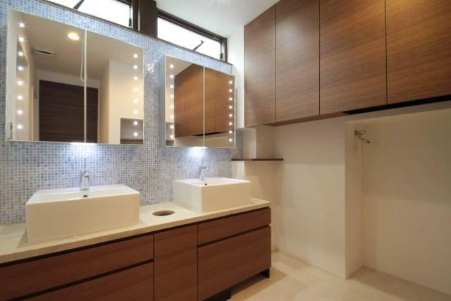 武蔵野市注文住宅:NT邸の洗面化粧台の画像