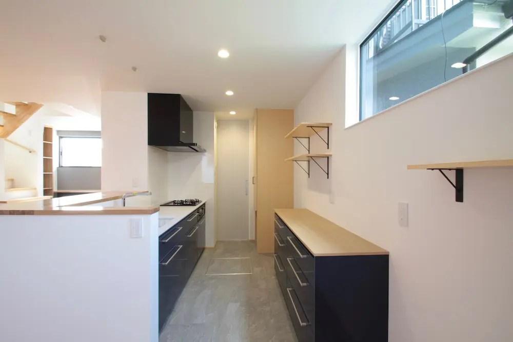 所沢市注文住宅:KN邸のシステムキッチン画像