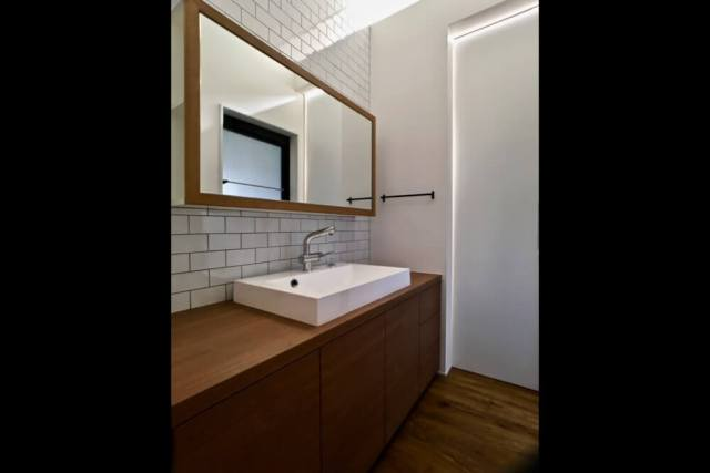 練馬区注文住宅:TH邸の洗面化粧台画像