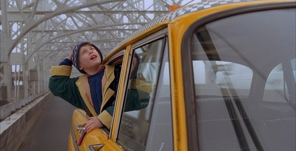 Home Alone 2 - Yellow taxi in New York.