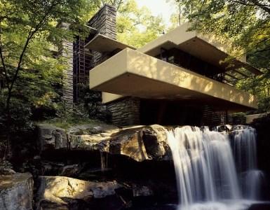 Frank-Lloyd-Wright-Fallingwater-House
