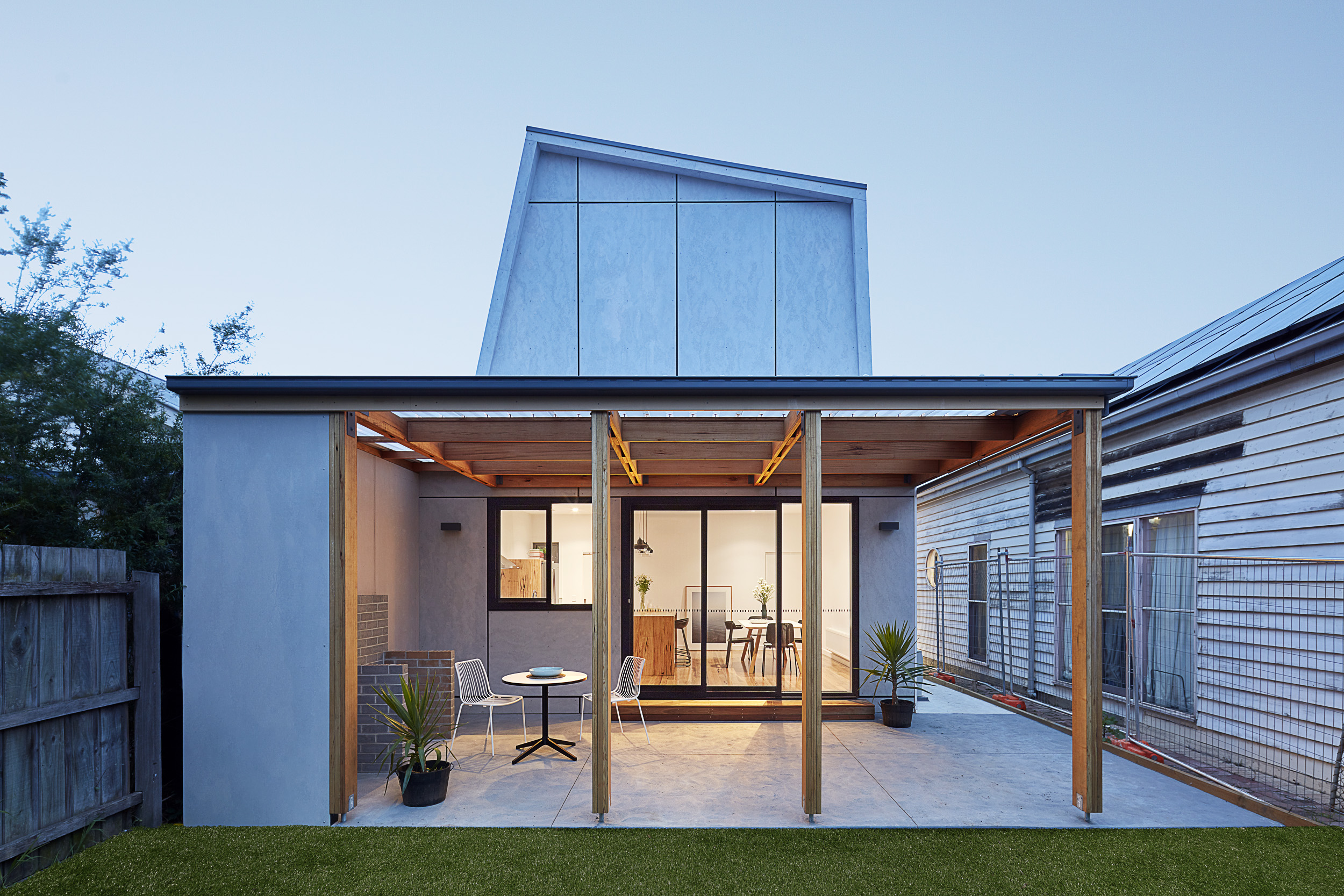 Sustainable Cladding on a Coburg Renovation