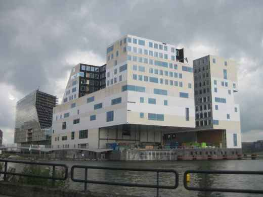 Amsterdam Building aw