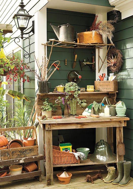 25 Cool DIY Garden Potting Table Ideas