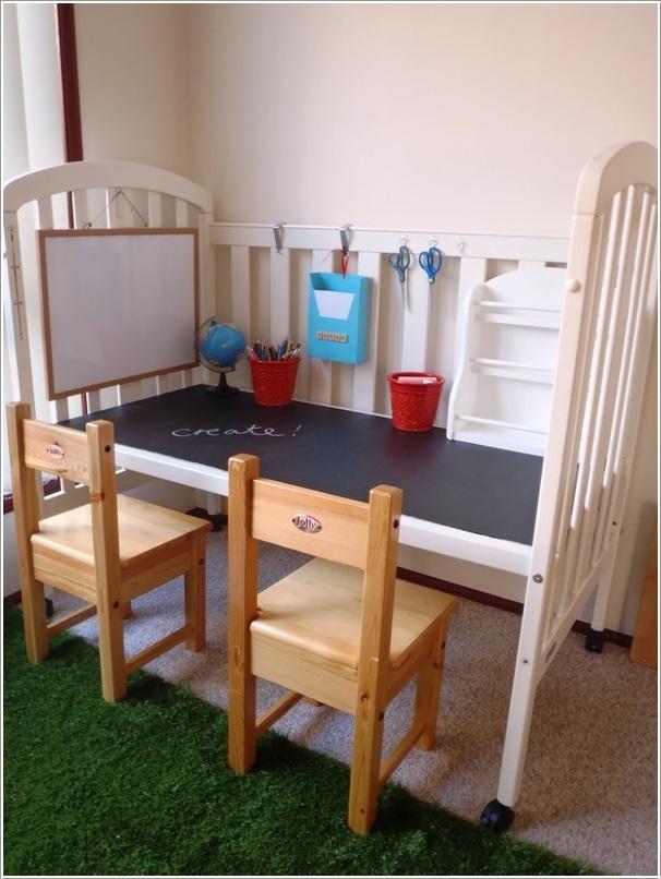 inspirasi-box-bayi-bekas-jadi-meja-belajar