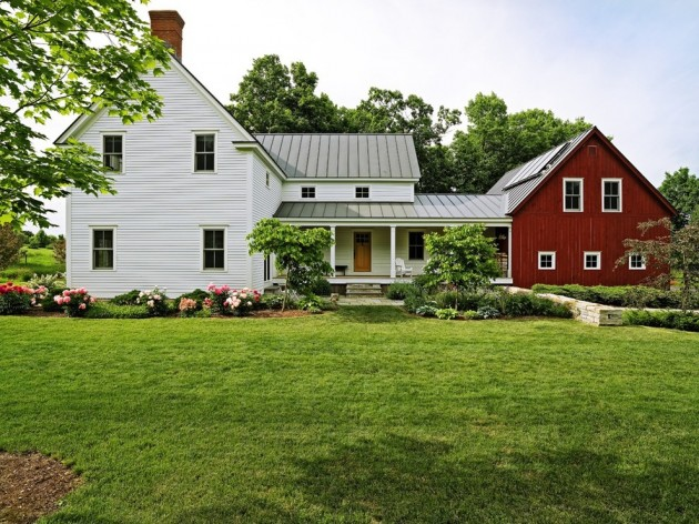 Saltbox House Front Porch