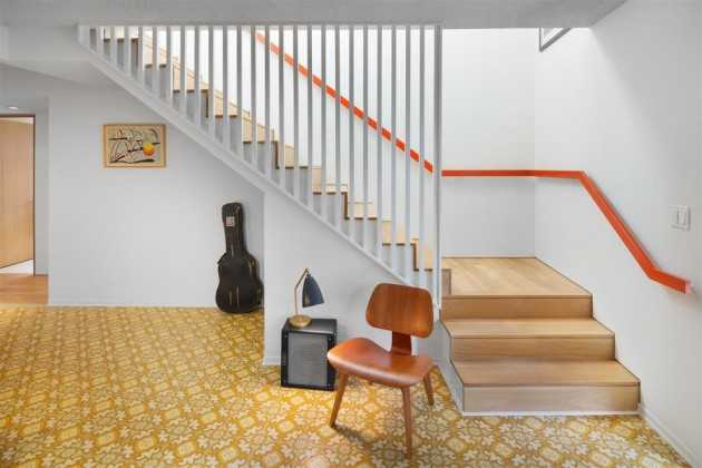 15 Outstanding Mid Century Modern Staircase Designs To
