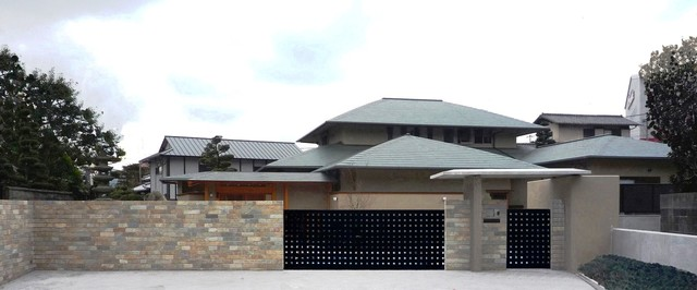 18 Marvelous Asian Home Exterior Designs You Ll Fall In