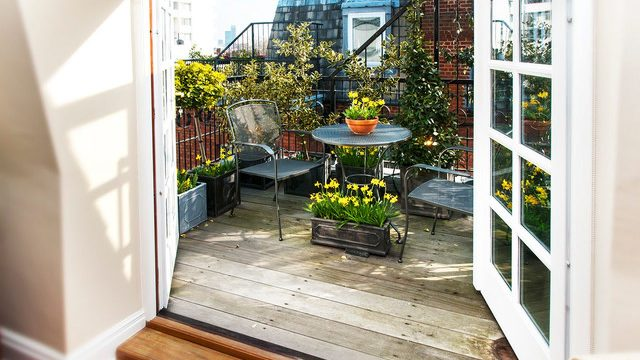 16 Gorgeous Small Balcony Designs In Traditional Style