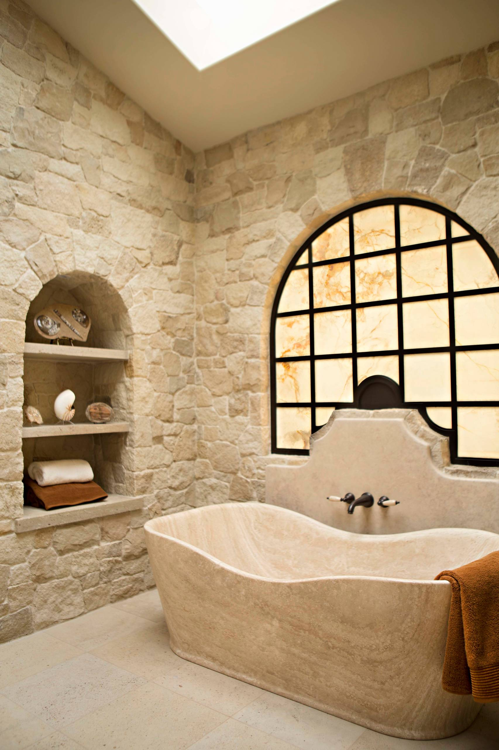 20 Enchanting Mediterranean Bathroom Designs You Must See Mediterranean Bathroom