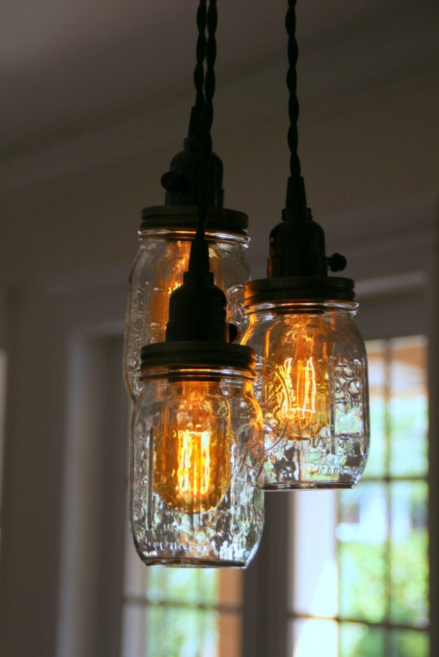 Hanging Light Bulb Pendant